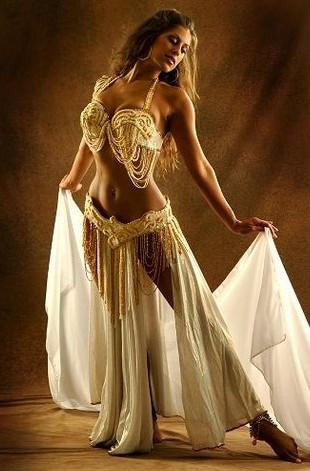Где в Воронеже танцевать танцы Индии и Востока?