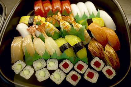Где можно поесть суши в Воронеже?